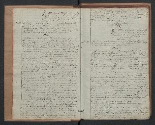 Håndskrevet oppslag med flere dommer